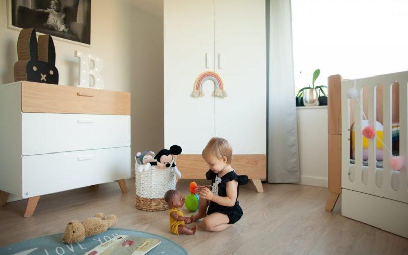 mobila camera copii fete